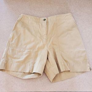 Ralph Lauren/ tan shorts
